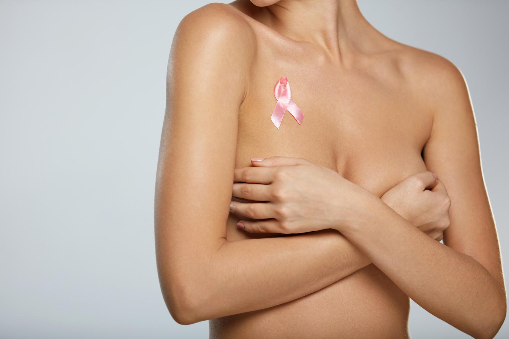 rak piersi a silikonowe implanty