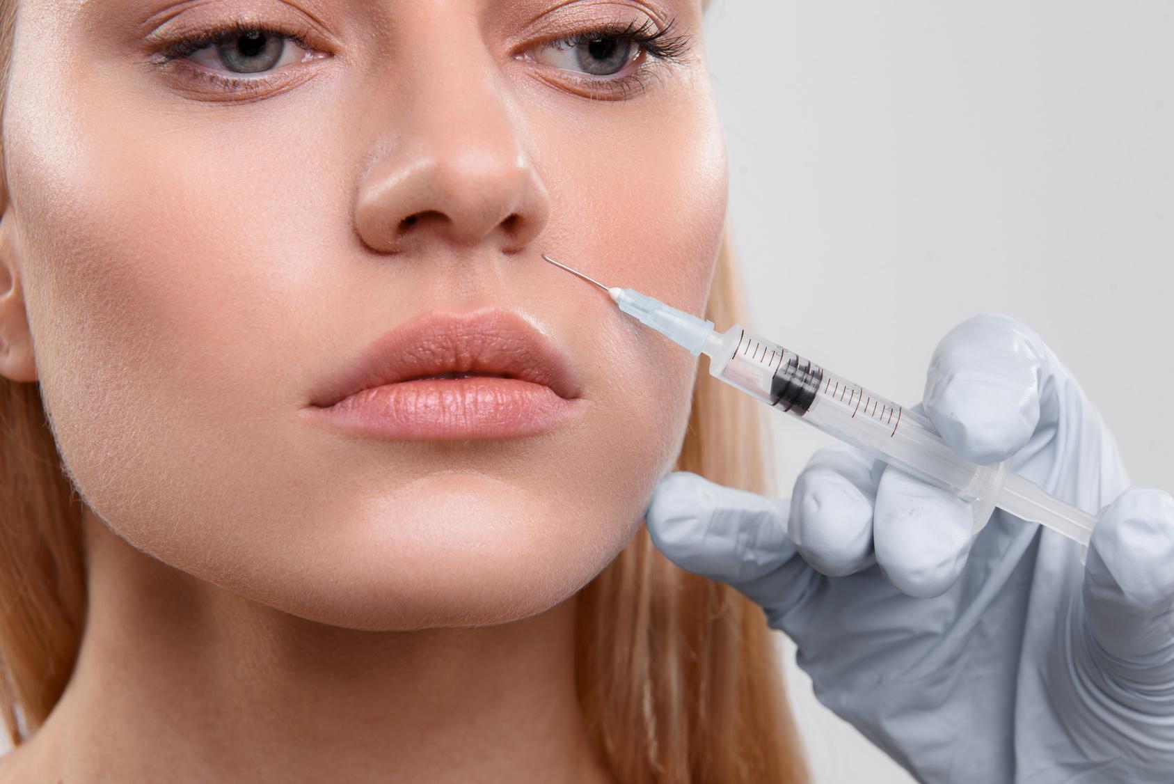 niechirurgiczna korekta kształtu nosa