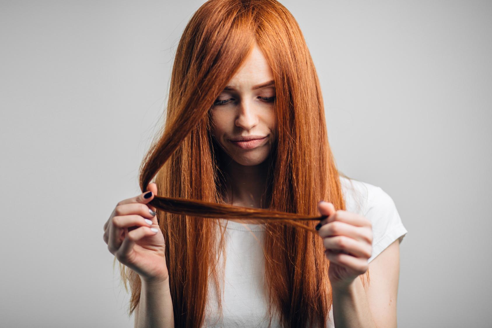 wypadanie włosow po narkozie