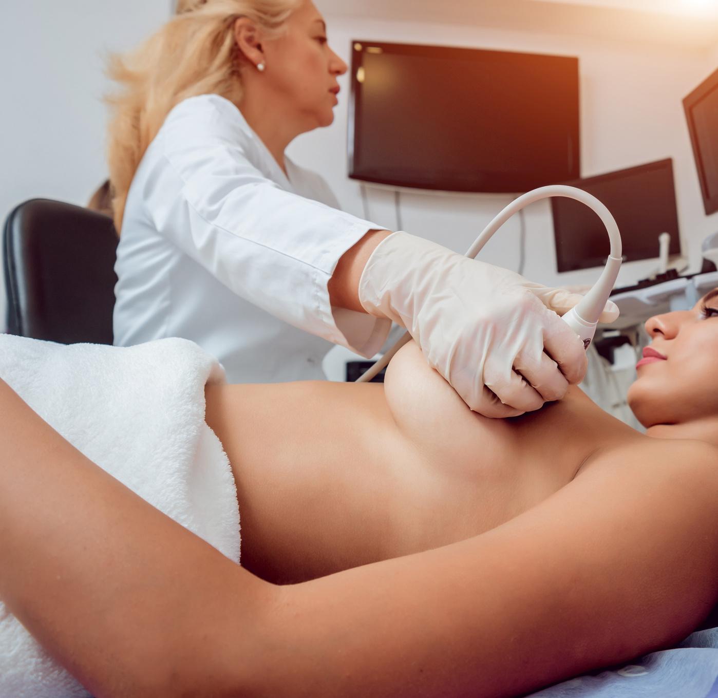 rak a implanty piersi